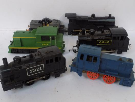 Five 00 gauge locomotives