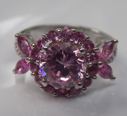 Vintage style unusual pink stone silver ring