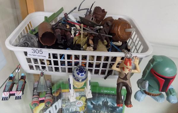 Selection of Star Wars toys including Micro Machines