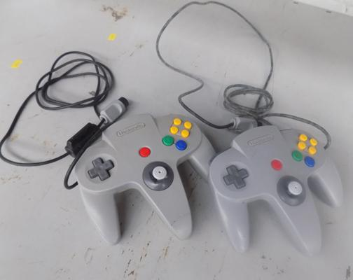 X 2 N64 controllers + 1 other
