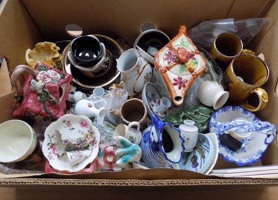 Box of mixed pottery incl; Wade, Chokin ware etc