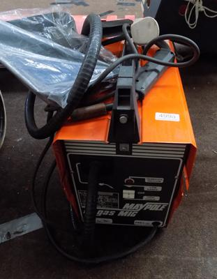 Maypole No Gas Mig Welder 240v, almost new with face shield & roller wire