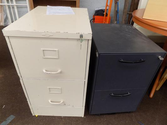 Metal filing drawers x 2