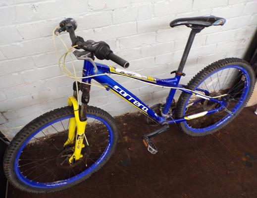Blast Carrera blue bike