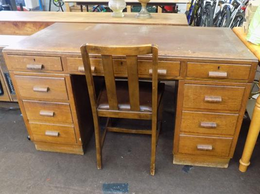 Solid writing desk with drawers & chair