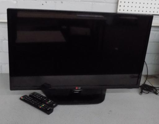"LG 32"" LCD TV in working order"