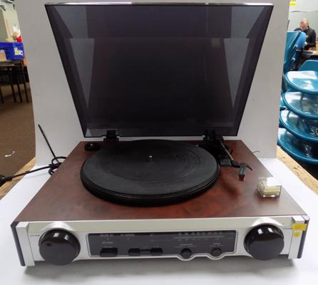 Retro turntable, tuner, speaker combined