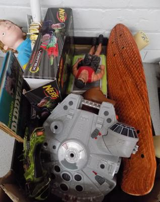 Box of boy's toys, incl Star Wars, Nerf, Skateboard etc...