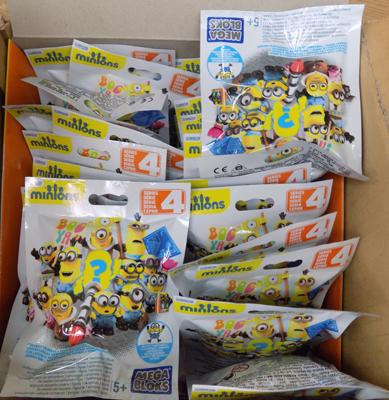 24 Minion Blind Bags Mega Blocks