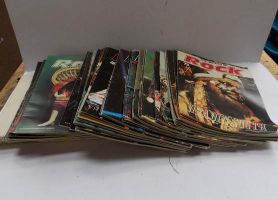 Box history of Rock magazines/binder