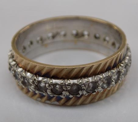 9ct yellow and white gold full eternity ring - Size Q 1/2