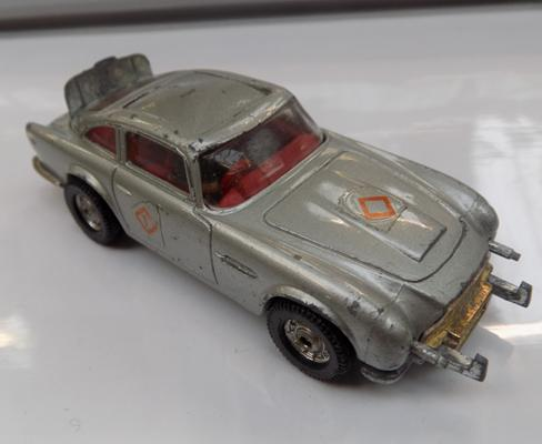 Vintage Corgi James Bond Aston Martin DB5