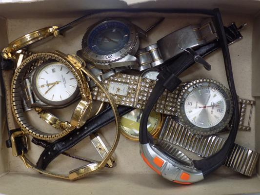 Collection of gents & ladies watches various makes