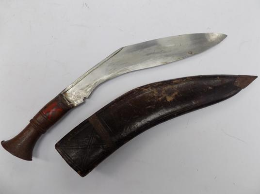 Vintage Kurkri knife in sheath