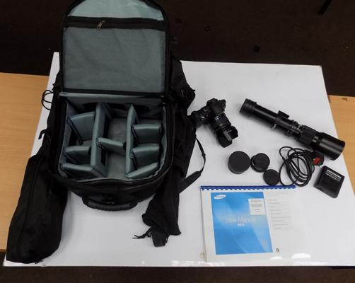 Samsung NX10 camera with various lenses inc; telescope lense & bag. 16GB san disk included