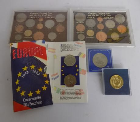 Complete decimal set, complete £5 decimal set - 2 special 1992/ 1993 Europe 50p's - 90th Birthday 2016 gold coloured coin and Royal wedding medal