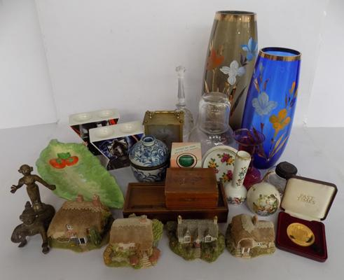 Mixed box of pottery and glassware