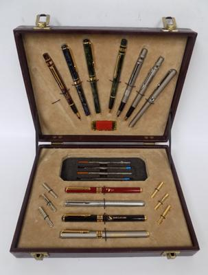 Giorgio Genoso pen set (1 missing)