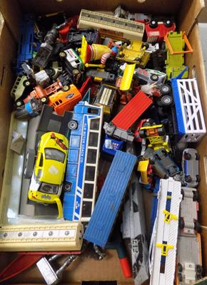 Box of vintage diecast-Dinky WR61 etc
