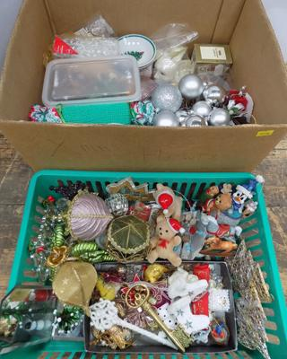 Miscellaneous Christmas items