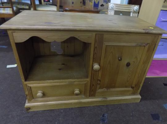 Pine TV unit with cupboard and drawer