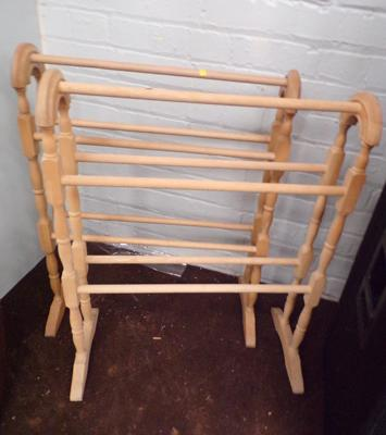 2 pine towel rails