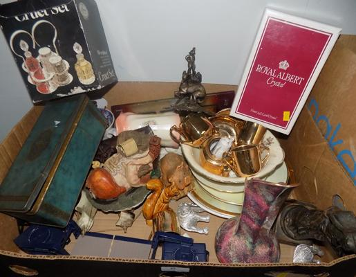 Box of mixed items including Portmerion, Meakin etc