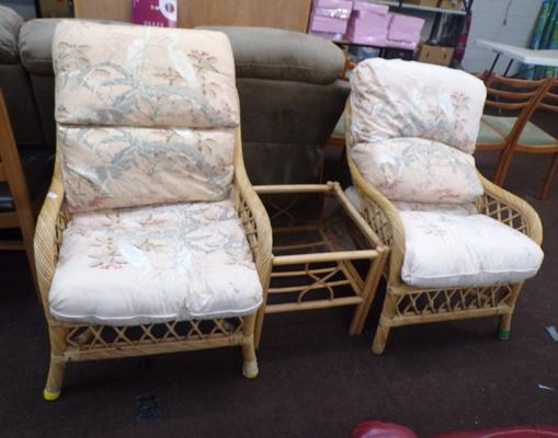Pair of wicker chairs and table