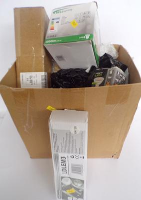 Box of various inc new boxed bulbs