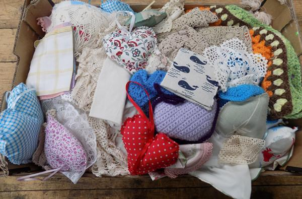 Box of linen, crochet covers, tablecloths etc