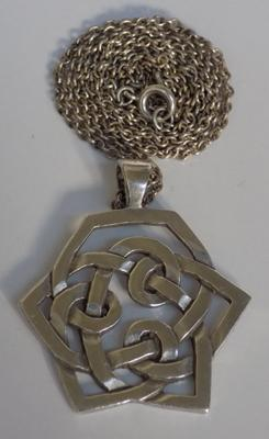 Vintage sterling silver necklace with large pendant - Birmingham circa 1978
