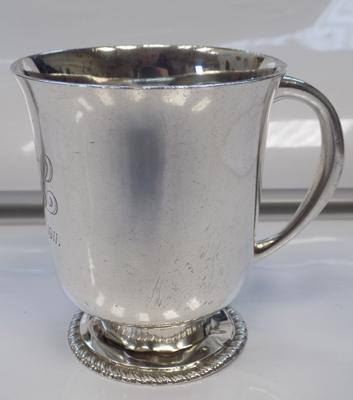 Solid silver cup-London 1909
