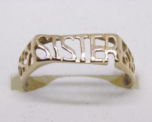 9ct gold 'Sister' ring - size P
