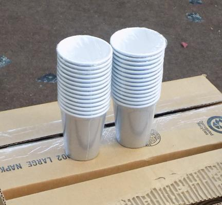 4x Boxes of disposable cups