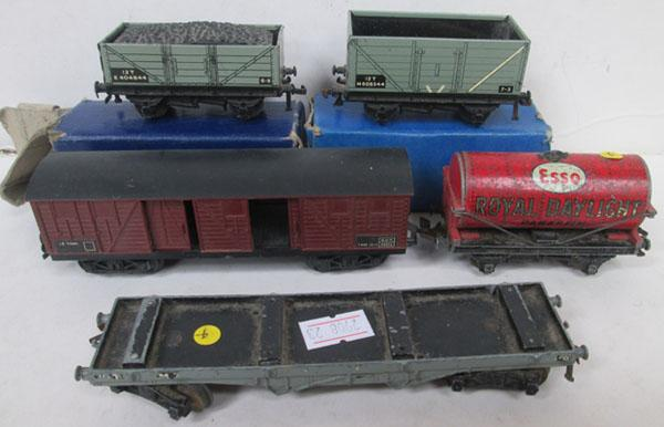 4 Meccano rolling stock & one other
