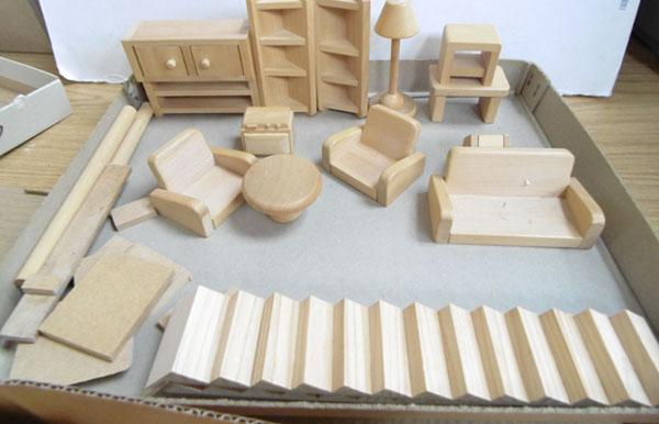 Assorted pine doll's house furniture