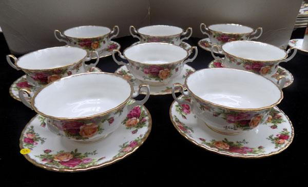 Royal Albert Country Rose 8 soup bowls & saucers