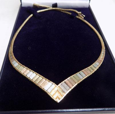 9ct gold tri coloured gold necklace