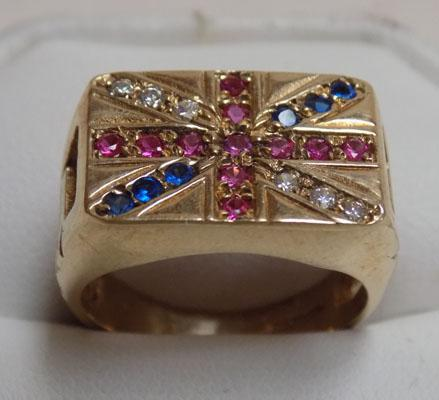 9ct gold Union Jack ring set with ruby and sapphire (size Q1/2)