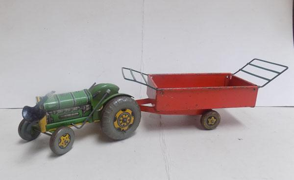 Mettoy metal tractor & trailer