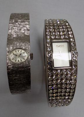 2 Ladies fashion watches