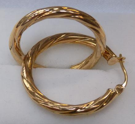 Pair of 9ct gold hoop earrings 25mm diameter