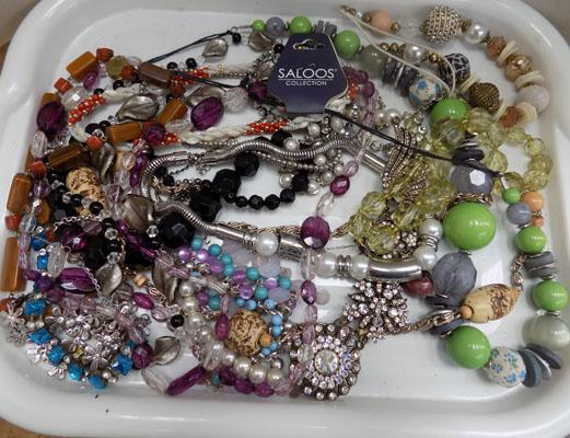 Tray of fashion jewellery