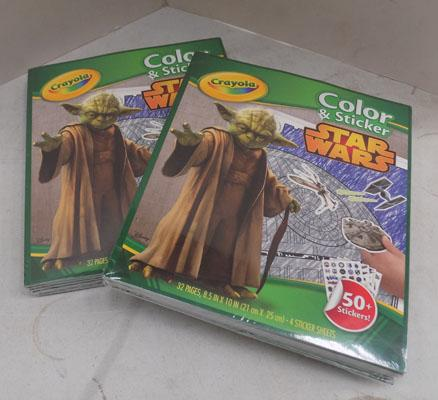 12x Crayola Star Wars colour & stickers