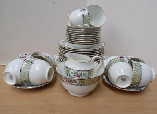 Clifton china WH&S England sandwich set 38 pieces