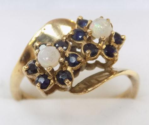 9ct gold saphire and opal flower ring size O
