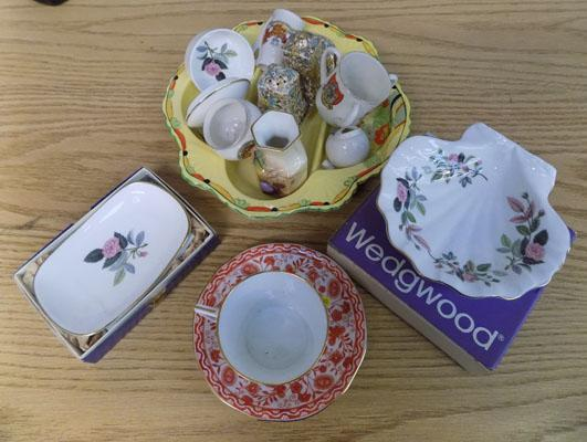 Selection of ceramics, incl. Goss & Royal Winton