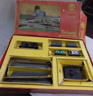 Tri-ang past goods train set