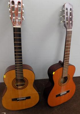 2x Acoustic guitars