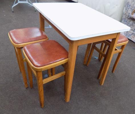 Vintage Formica table with 4 stools